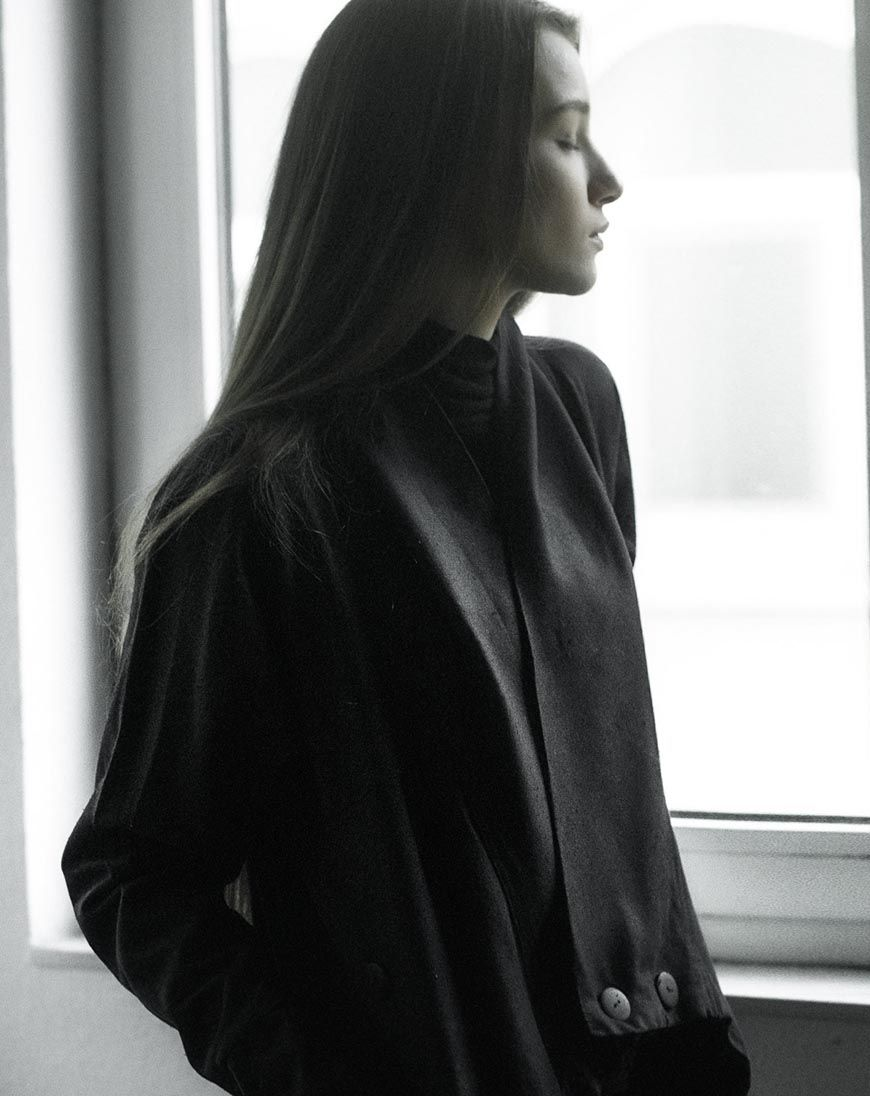 minoar-feminine-silhouette-wabi-sabi-12